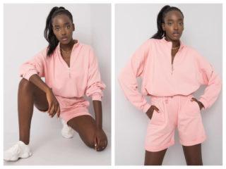 Bluza damska w pastelowym kolorze różowym w komplecie ze spodenkami