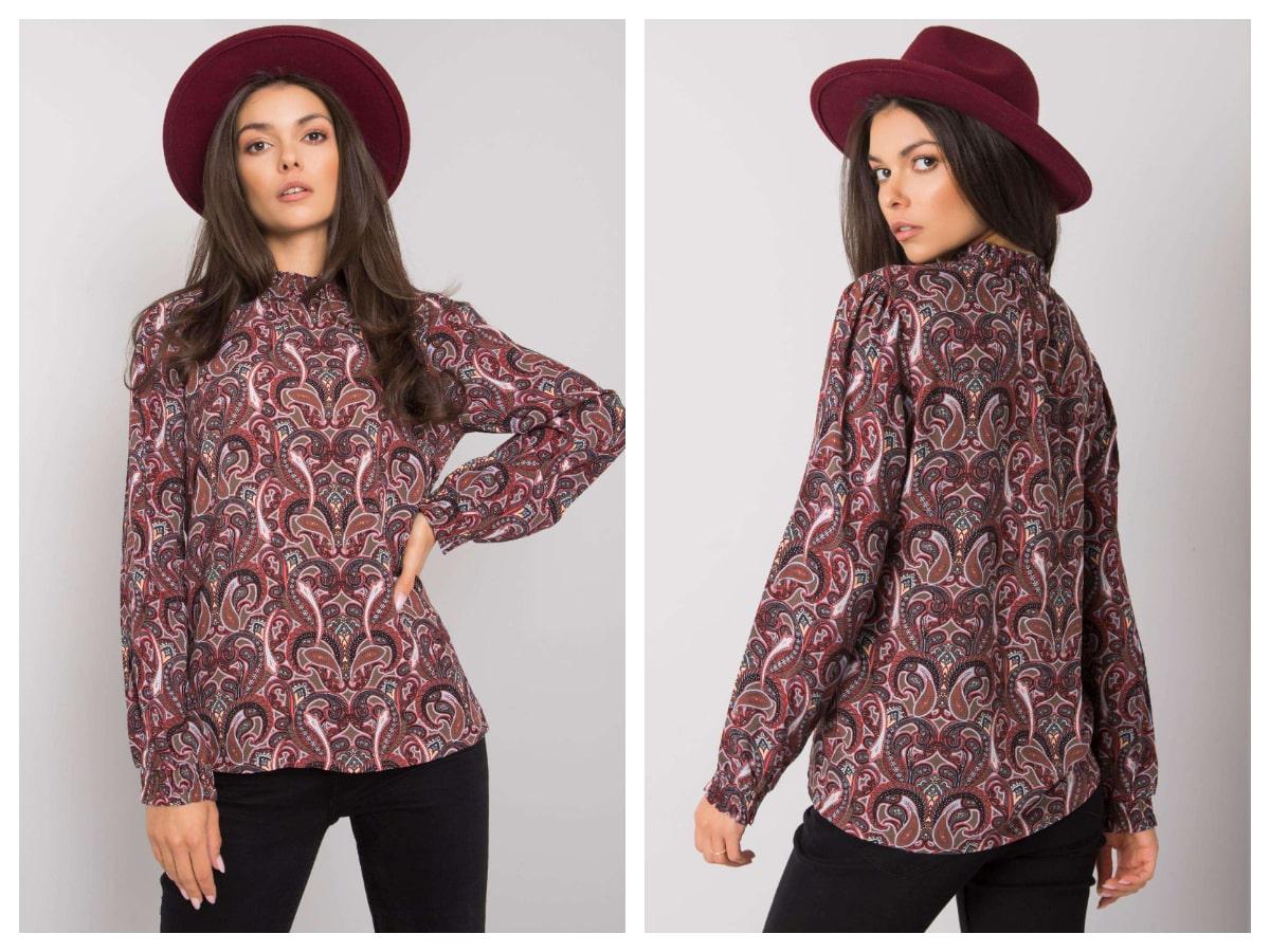 Kolorowe bluzki na jesień w ornamentowe wzory